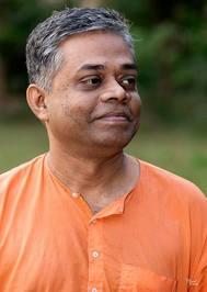 চিন্তার চিহ্নমালা ৪  <br /> সন্মাত্রানন্দ